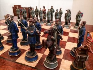 AltstadtQuartier Schachladen Figuren