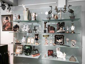 AltstadtQuartier Regensburg Antiquitäten Kabinett Skulpturen
